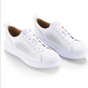 7f54b540712f Women s Under Armour Leather Shoes on Poshmark